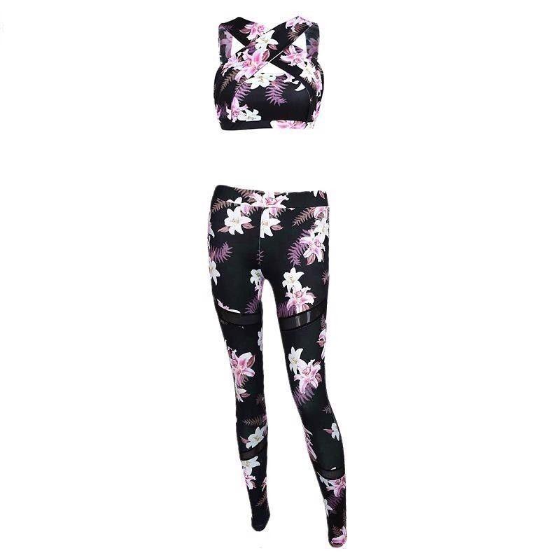 Женский костюм для зала, спорта, йоги, фитнеса, топ и лосины (черный с цветами)